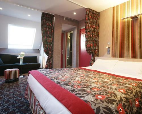 Best western le jardin de cluny paris 3 star 9 rue du for Best western hotel jardin de cluny paris