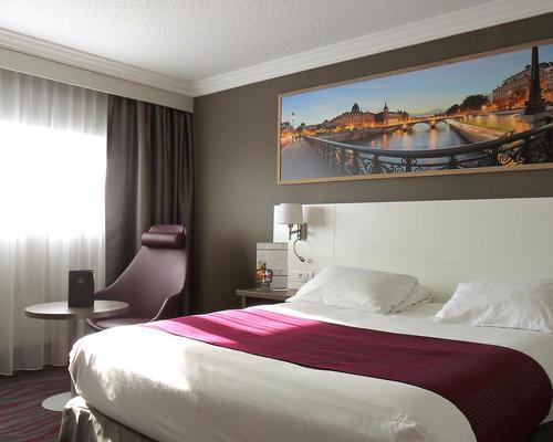 best western plus paris orly airport rungis cedex 4 toiles 94656. Black Bedroom Furniture Sets. Home Design Ideas
