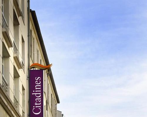 citadines tour eiffel paris 3 estrelas 132 boulevard de grenelle 75015. Black Bedroom Furniture Sets. Home Design Ideas