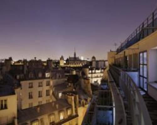 Holiday inn paris notre dame 4 star 4 rue danton 75006 for Hotel notre dame paris
