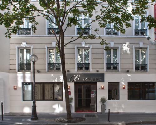 Hotel b square paris 3 estrelas 11 rue des batignolles for Hotels 75017