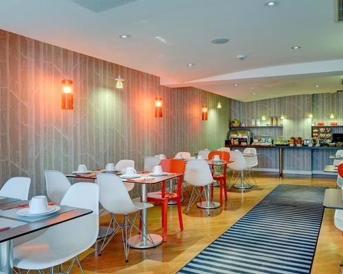Hotel caumartin op ra astotel paris 3 toiles 75009 for Hotel design 3 etoiles paris