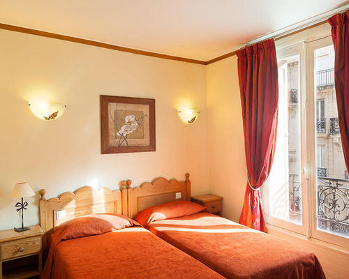 Hotel de saint germain paris 2 toiles 50 rue du four 75006 for Hotel saint germain
