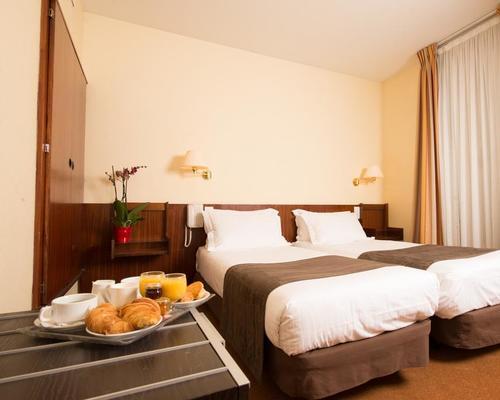 Hotel du Nord et de l'Est Paris 3 star | 49 Rue De Malte 75011