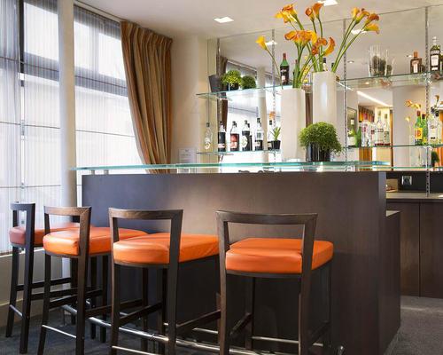 h tel eiffel turenne paris 2 stern 20 avenue de tourville 75007. Black Bedroom Furniture Sets. Home Design Ideas