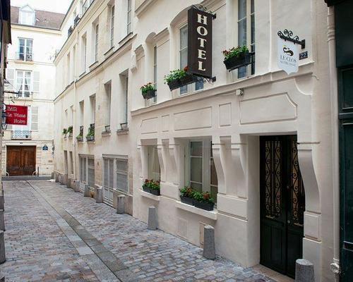 Hotel Rue De L Hirondelle Paris