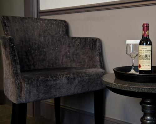 Hotel lumen paris louvre 4 toiles 15 rue des pyramides 75001 - 15 rue des halles 75001 paris ...