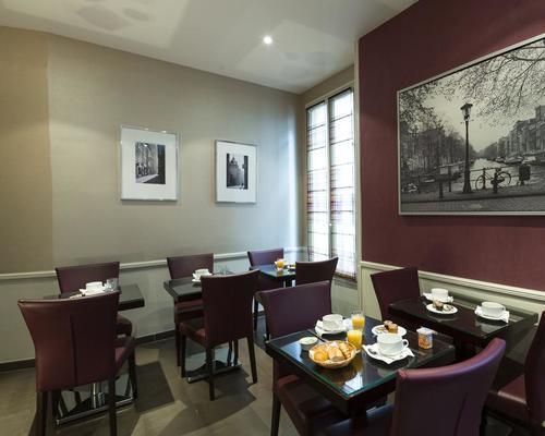 Hotel Viator  Rue Parrot  Paris