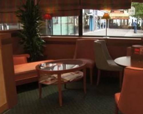 ibis avenue d 39 italie paris 3 toiles 75013. Black Bedroom Furniture Sets. Home Design Ideas
