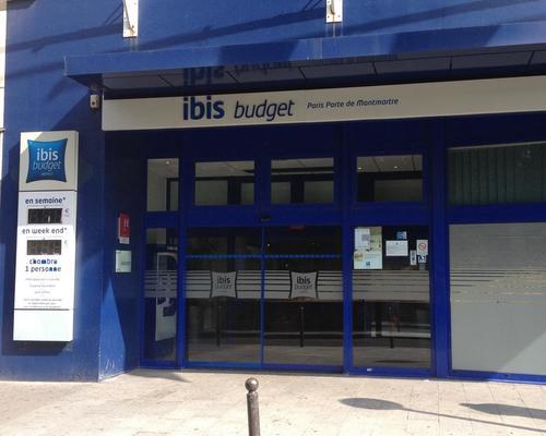 Ibis budget porte de montmartre paris 2 toiles 75018 for Ibis budget douche dans la chambre