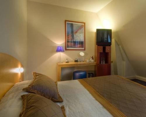 L Hotel Pergolese Paris