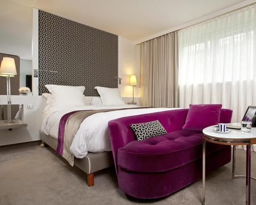 la villa maillot paris 4 toiles 143 avenue de malakoff 75016. Black Bedroom Furniture Sets. Home Design Ideas