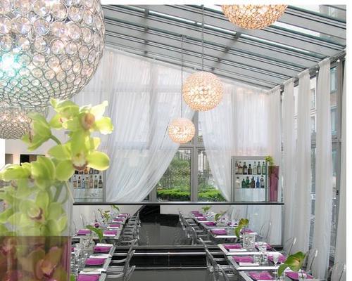 les jardins du marais paris 4 toiles 74 rue amelot 75011. Black Bedroom Furniture Sets. Home Design Ideas