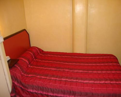 luxor bastille hotel paris 2 toiles 22 rue moreau 75012. Black Bedroom Furniture Sets. Home Design Ideas