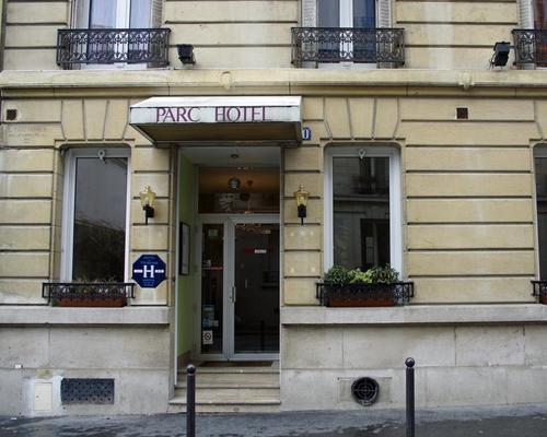 Hotel Paris 60 Rue Beaunier Paris France Fr Europe