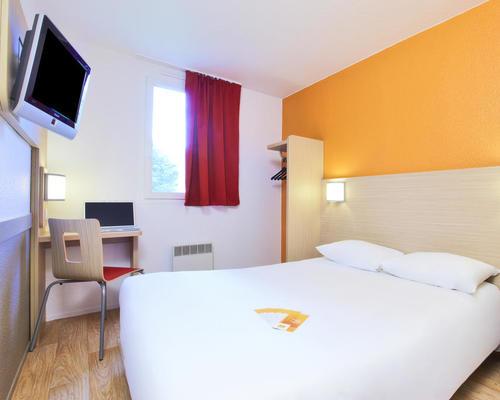 premiere classe roissy paris nord 2 roissy c d g cedex 2 star 95945. Black Bedroom Furniture Sets. Home Design Ideas