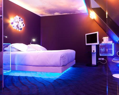 seven hotel paris 4 star 20 rue berthollet 75005. Black Bedroom Furniture Sets. Home Design Ideas
