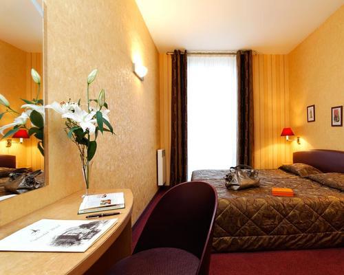 splendid h tel tour eiffel paris 3 star 29 avenue de tourville. Black Bedroom Furniture Sets. Home Design Ideas