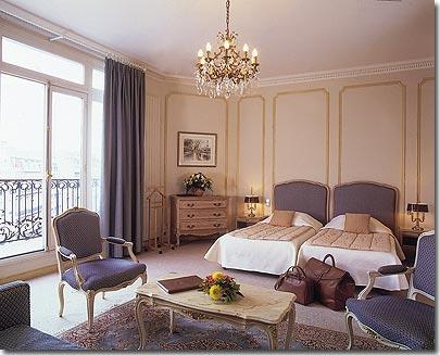 Hotel chateau frontenac paris 4 toiles visitez notre for Chateau hotel paris