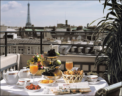 Direct Tv Satellite >> Suite Errol Flynn - Hotel Napoleon Paris Luxury 5* star ...
