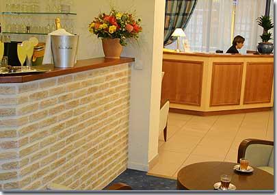 hotel france albion paris 2 estrelas visite o nosso hotel apresenta o descri es e. Black Bedroom Furniture Sets. Home Design Ideas
