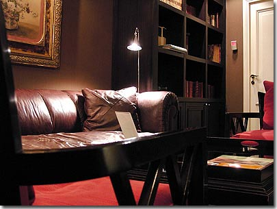 The 4 star hotel le lavoisier paris visit our hotel for Trendy boutique hotels