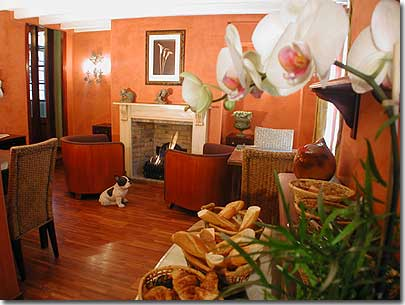 Hotel de la sorbonne paris 2 toiles visitez notre - Couleur chaude pour salon ...