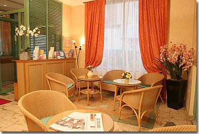 hotel carina paris: