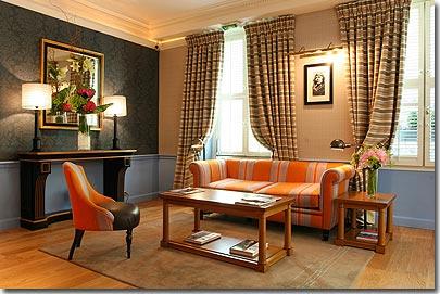hotel le tourville paris 4 toiles visitez notre h tel pr sentation descriptions et photos. Black Bedroom Furniture Sets. Home Design Ideas