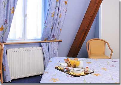 hotel france albion paris 2 toiles visitez notre h tel pr sentation descriptions et photos. Black Bedroom Furniture Sets. Home Design Ideas